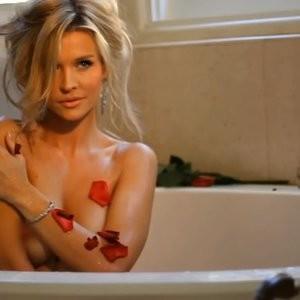 Leaked Celebrity Pic Joanna Krupa 082 pic