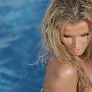 nude celebrities Joanna Krupa 114 pic
