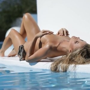Hot Naked Celeb Joanna Krupa 143 pic