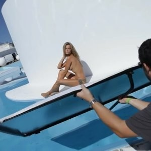 Naked Celebrity Joanna Krupa 154 pic