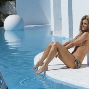 Celeb Nude Joanna Krupa 158 pic