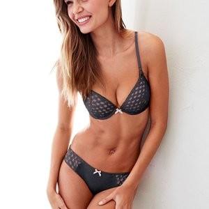 Real Celebrity Nude Josephine Skriver 014 pic