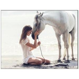 Celebrity Nude Pic Josephine Skriver 003 pic