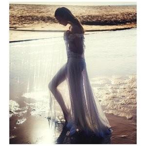 Hot Naked Celeb Josephine Skriver 004 pic