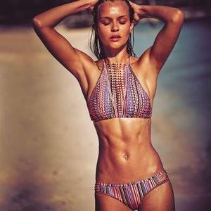 Nude Celebrity Picture Josephine Skriver 004 pic