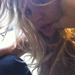 Kaley Cuoco Naked (8 New Photos) – Leaked Nudes