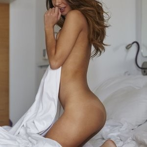 Naked Celebrity Kat Kelley 003 pic