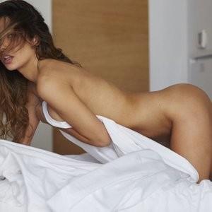 Nude Celeb Kat Kelley 005 pic
