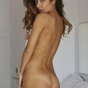 Celeb Nude Kat Kelley 016 pic