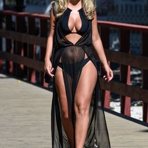 Celeb Nude Kate Wright 003 pic