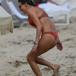 Katie Cassidy in a Bikini (52 Photos) – Leaked Nudes