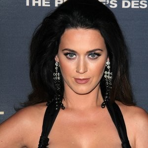 Hot Naked Celeb Katy Perry 004 pic