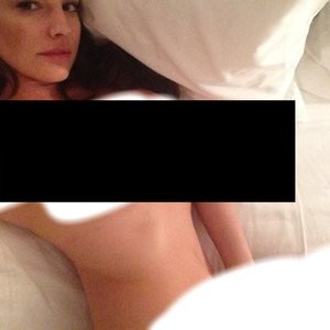 Kelly Brook Naked (1 Photo) Censored – Leaked Nudes