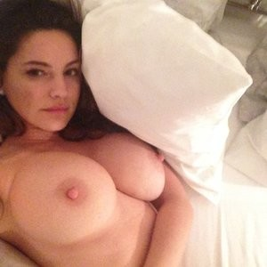 Newest Celebrity Nude Kelly Brook 013 pic