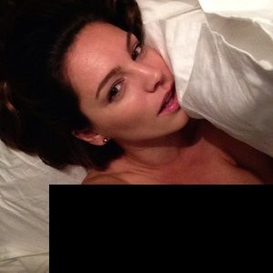 Kelly Brook Naked (2 Photos) – Leaked Nudes