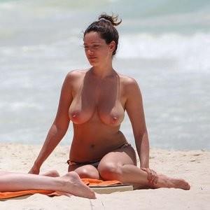 Celebrity Leaked Nude Photo Kelly Brook 008 pic