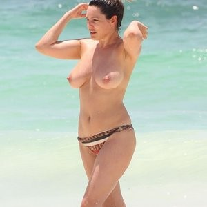 Real Celebrity Nude Kelly Brook 015 pic