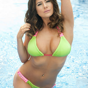 Kelly Hall in a Bikini & Topless (4 New Photos) – Leaked Nudes