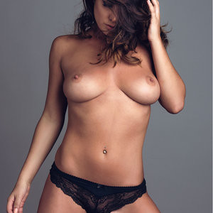 Naked Celebrity Pic Kelly Hall 003 pic