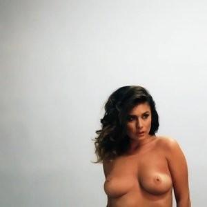 Hot Naked Celeb Kelly Hall 029 pic