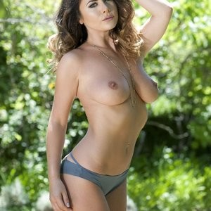 Celebrity Nude Pic Kelly Hall 002 pic