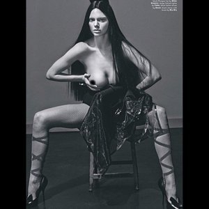 Kendall Jenner Topless (5 New Photos) - Leaked Nudes