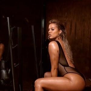 Real Celebrity Nude Khloé Kardashian 014 pic