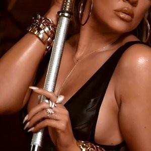 celeb nude Khloé Kardashian 017 pic