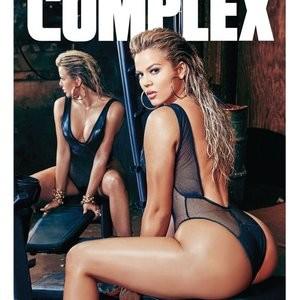 Naked Celebrity Khloé Kardashian 019 pic