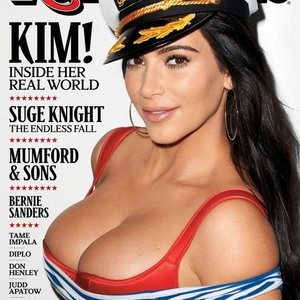 Kim Kardashian Cleavage (1 Photo) – Leaked Nudes
