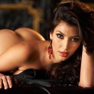 Celeb Nude Kim Kardashian 009 pic