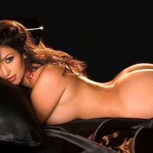 Hot Naked Celeb Kim Kardashian 012 pic