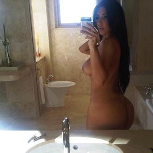 Kim Kardashian Naked (2 Photos) - Leaked Nudes