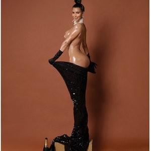 Free Nude Celeb Kim Kardashian 003 pic