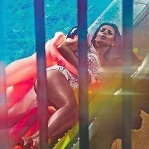 Free Nude Celeb Kim Kardashian 004 pic