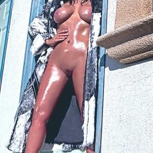 Kim Kardashian Naked: Pussy, Boobs, Booty (33 Photos!) – Leaked Nudes