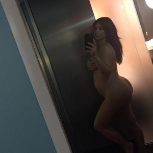 Kim Kardashian Nude (1 New Photo) – Leaked Nudes