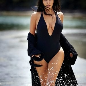 Kim Kardashian Sexy (2 Hot Photos) – Leaked Nudes