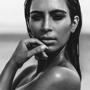 Kim Kardashian Sexy (4 Photos) – Leaked Nudes
