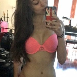 Naked celebrity picture Kira Kosarin 008 pic