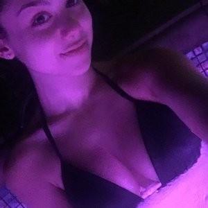 Nude Celeb Pic Kira Kosarin 014 pic