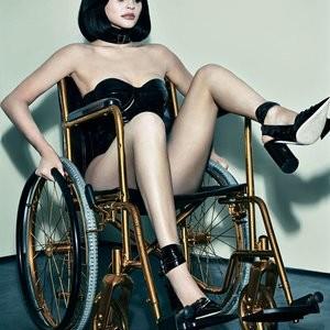 Celeb Naked Kylie Jenner 007 pic