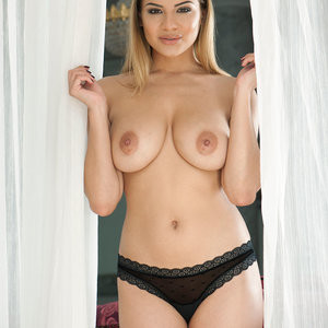 Lacey Banghard Topless (4 Hot Photos – Page 3) – Leaked Nudes