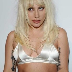 Free nude Celebrity Lady Gaga 007 pic