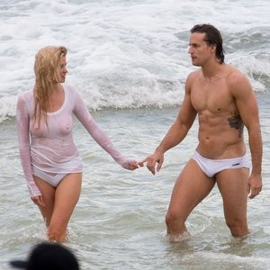 Celebrity Leaked Nude Photo Lara Stone 017 pic