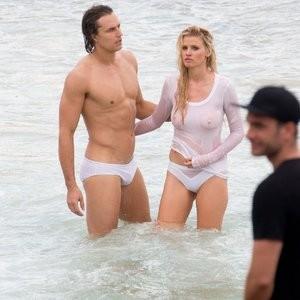 Celebrity Leaked Nude Photo Lara Stone 019 pic