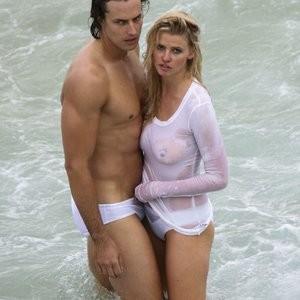 Free Nude Celeb Lara Stone 030 pic