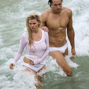 Nude Celeb Lara Stone 033 pic