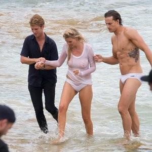 Celebrity Naked Lara Stone 035 pic