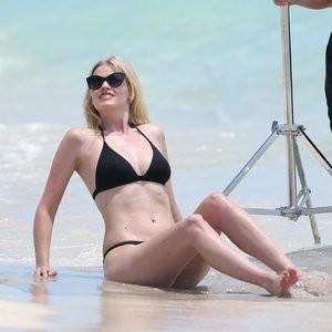 Nude Celebrity Picture Lara Stone 075 pic